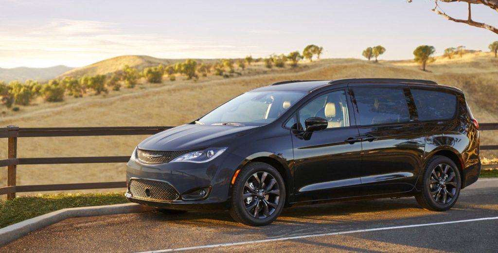 2020 Chrysler Pacifica Hybrid CT