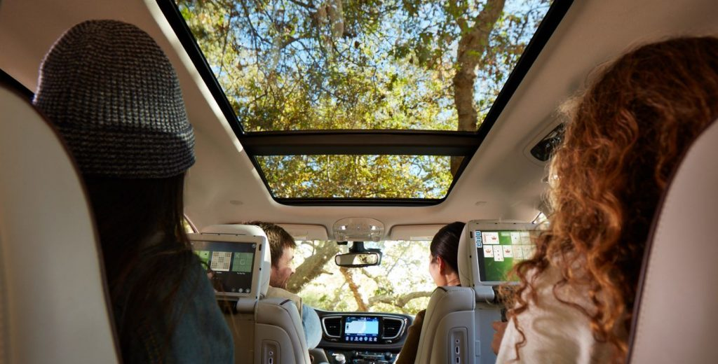 2020 Chrysler Pacifica Lease CT